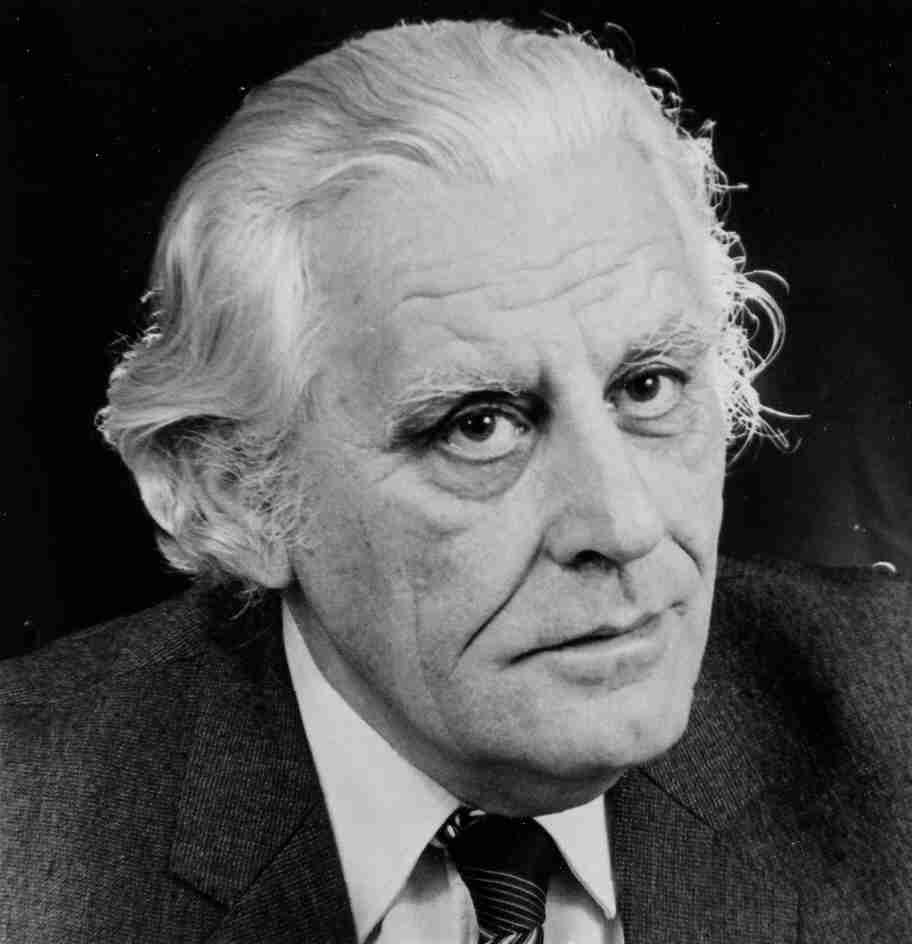 In memoriam Karai József (1927–2013)