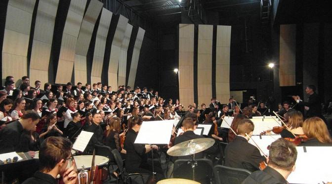 A ZENE NEM ISMER HATÁROKAT – Szakmai együttműködés Debrecen és Csíkszereda zeneművészeti szakközépiskolái között